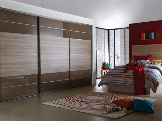 Mocha interlayer-laminated glass& Beachwood panel