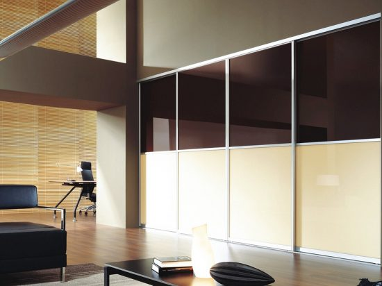 Chocolate/ Vanilla interlayer-laminated glass