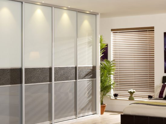 Smoky/ Solid White interlayer-laminated glass& Elephant hide
