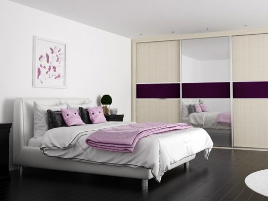 Woodline Cream, Clear mirror& Aubergine interlayer-laminated glass