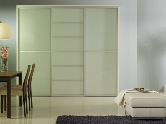 Milky white laminated glass