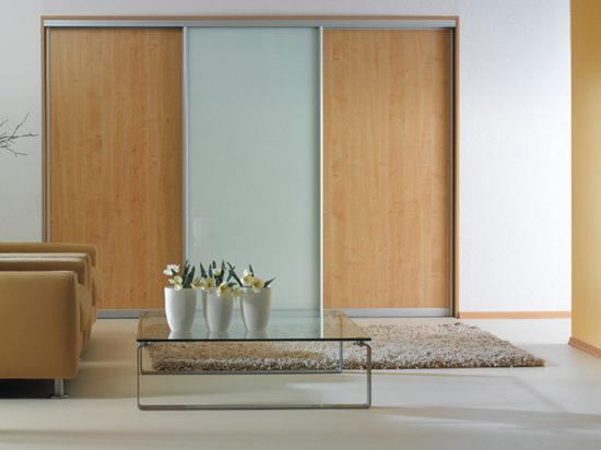 White interlayer-laminated glass& Maplewood panel
