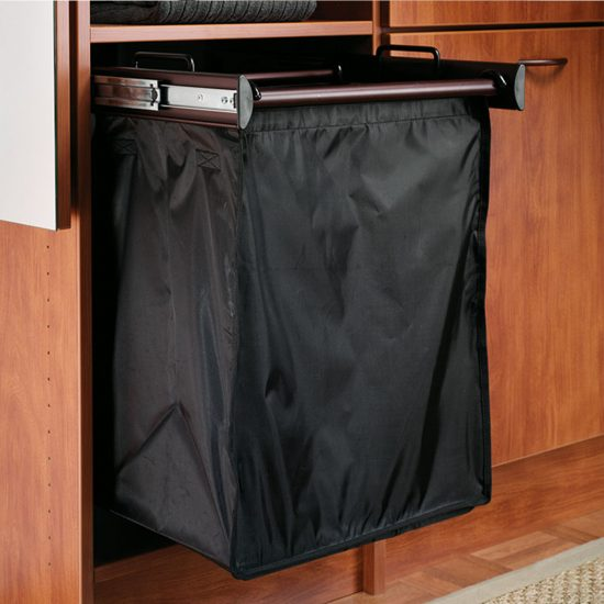 Pull-Out Hamper With Single Removable Bags